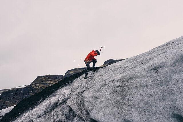 Mountain climbing1